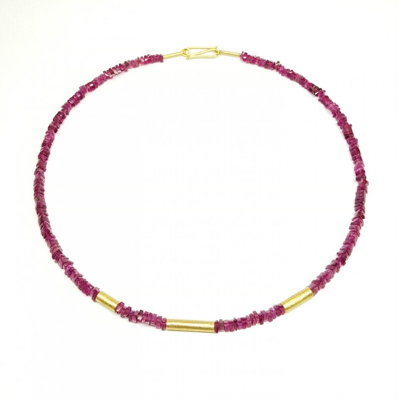 Collier en tourmaline et or jaune 18kt.